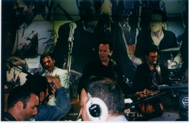 Joe Strummer and the Mescaleros HMV Oxford Street 16th July 2001 (1)