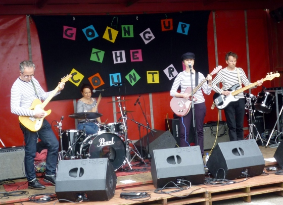 The Would Be Goods at Going Up The Country 13th June 2015