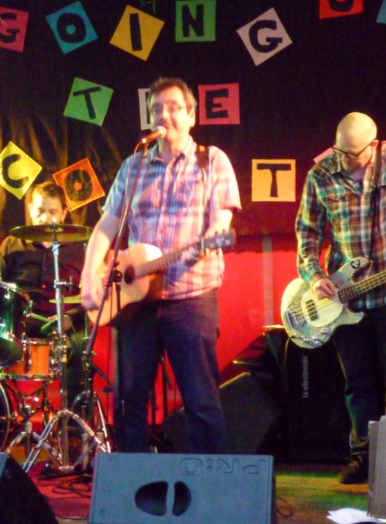 MJ Hibbett & The Validators at Going Up The Country 13th June 2015
