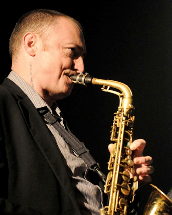 Terry-Edwards-Alto-Sax-02